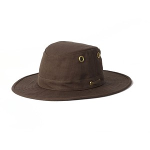 Tilley TH5 Hemp Medium Curved Brim Hat